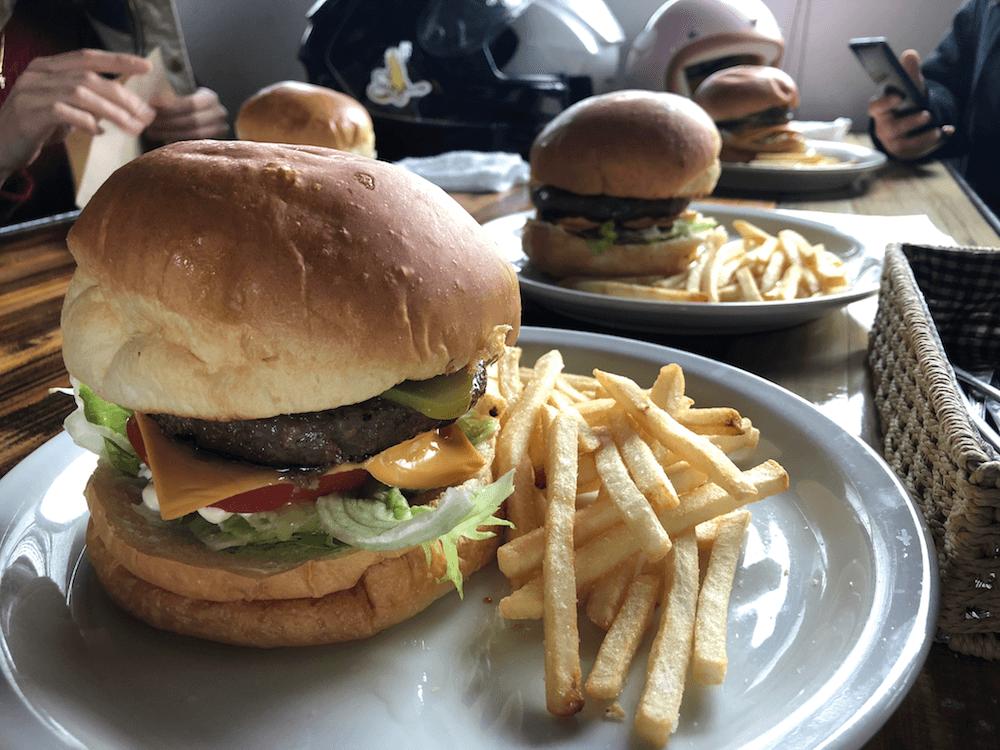 キュロスハンバーガー