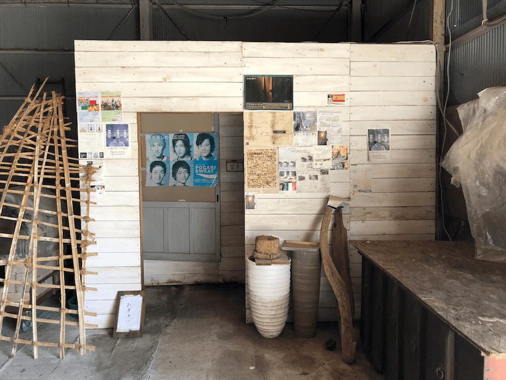 ラブラックカフェ1階トイレ
