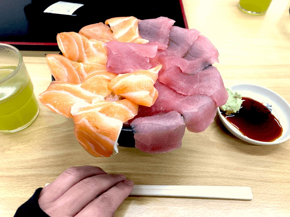 白浜ツーリング、マグロサーモン丼