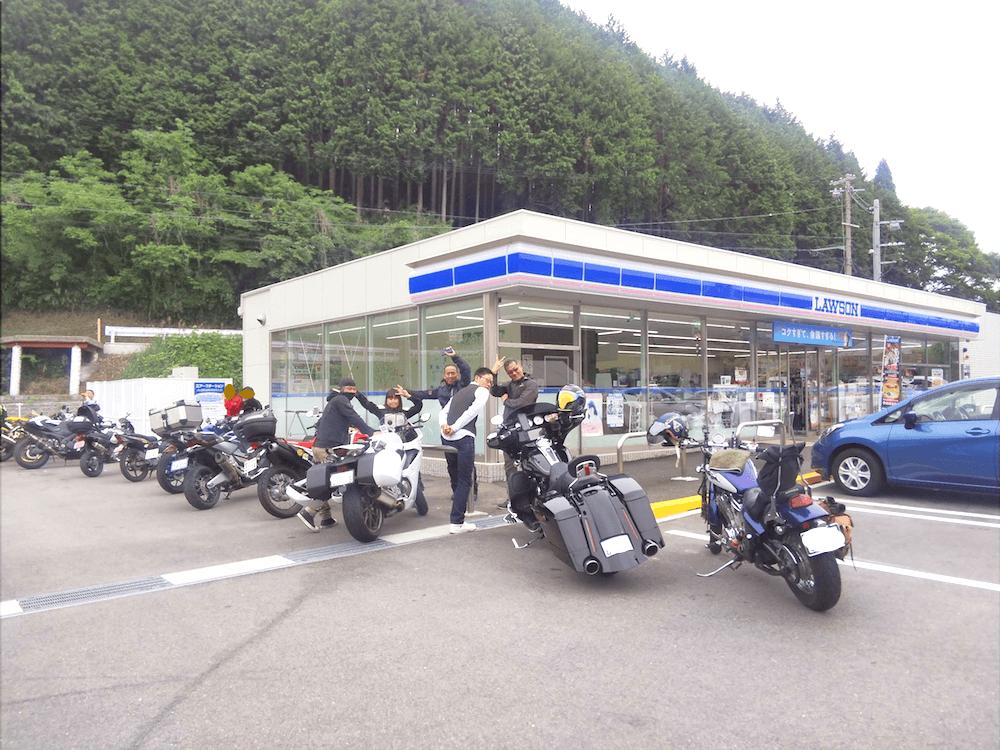 ドライブインよしだ名物「イカ丼」は飲み物だ!福井県ツーリングを楽しむ。_1