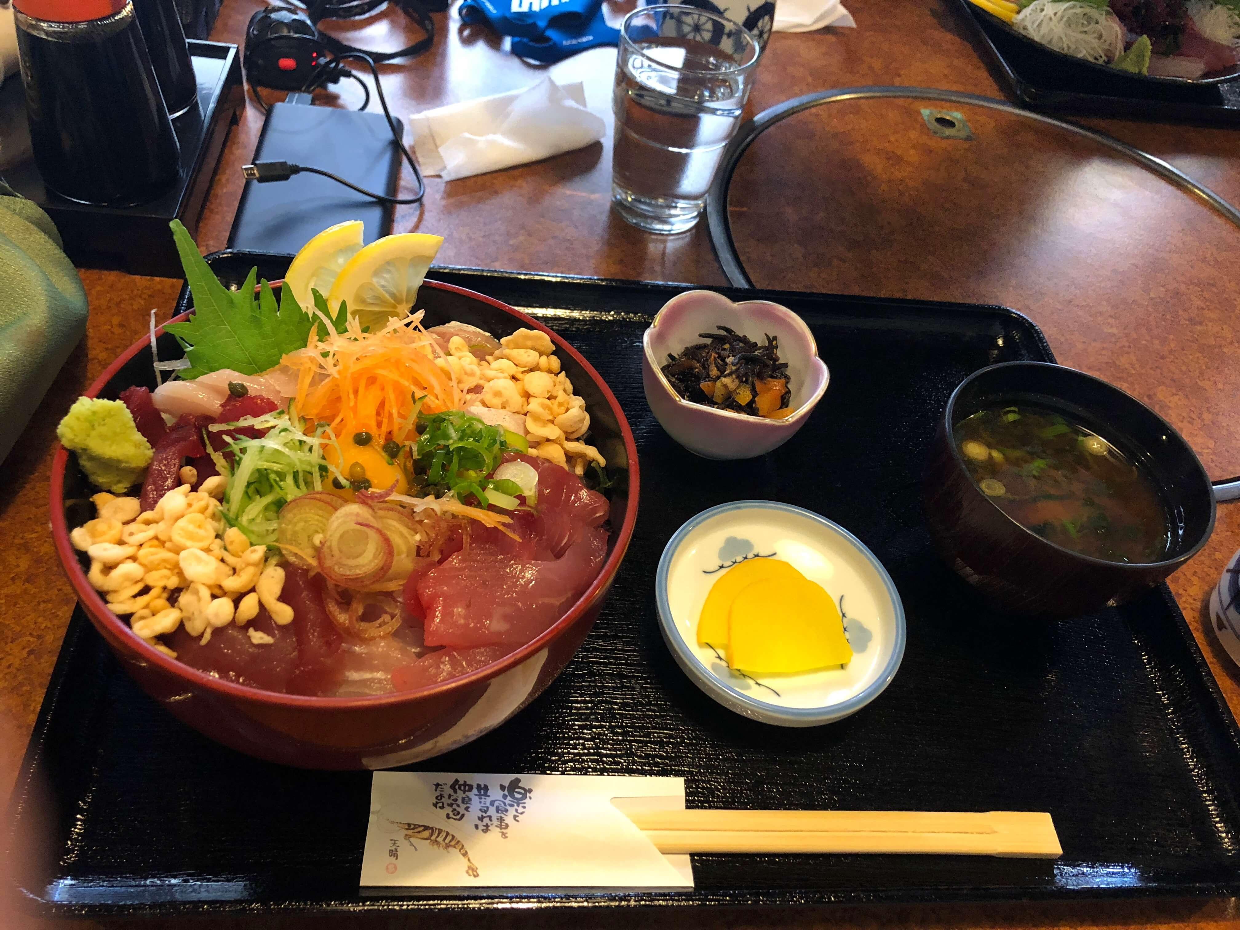 紀伊長島ツーリング おさしみ処 ぷくぷく 海鮮 ランチ 丼